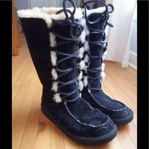 Ugg Sz 6 Uptown black lace up boots